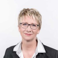 Sabine Finke